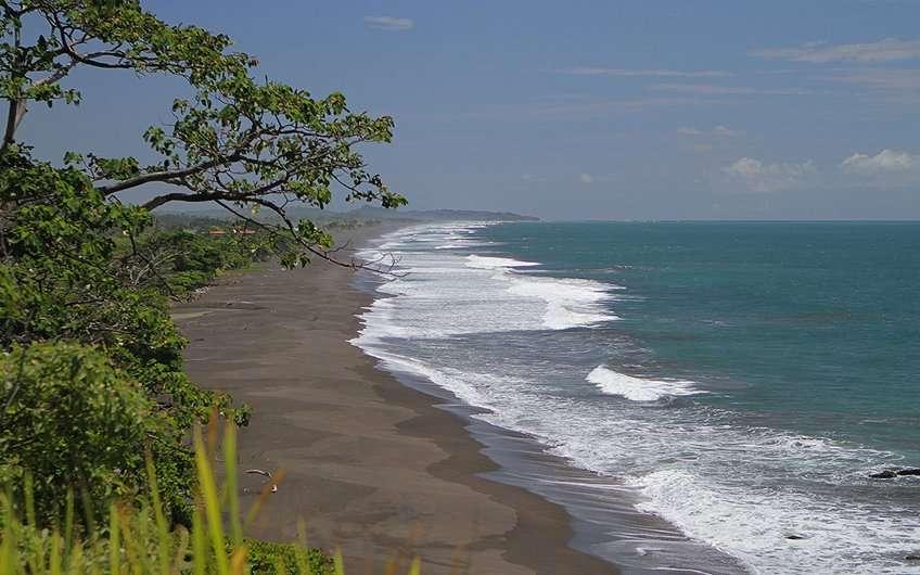 Hermosa Beach in Jaco Costa Rica