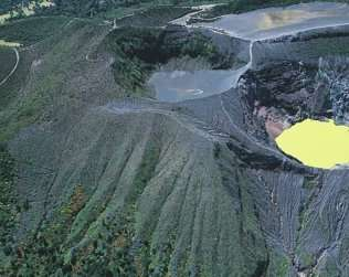 Irazu Volcano Half Day