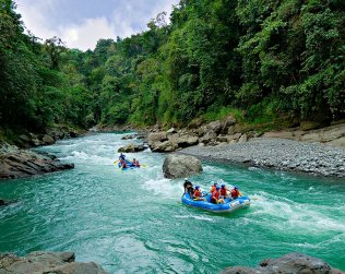 Pacuare River Whitewater Rafting