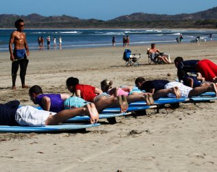 Surfing Class (2 Hours) From Tamarindo Area