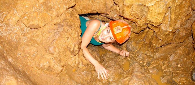 Venado Caverns